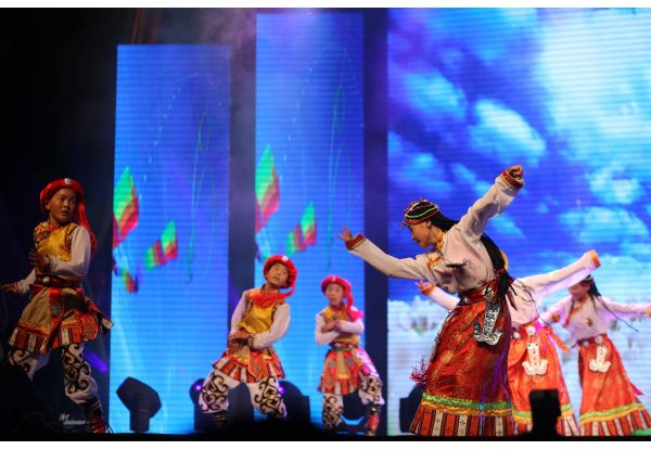"""The children benefited from """"@Soul – Distant Calls"""" charitable campaign impressed the audience with their angelic voices and joyful Tibet dance originated from the Plateau."""